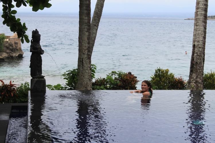 Un pot de thé à 1 euro m'a permis l'accès à cette piscine à débordement…